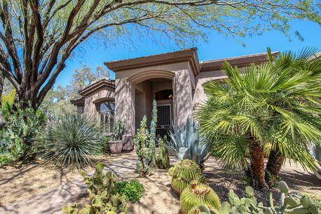 Santa Fe Landscape Pros - Update Your Landscaping - Light It Up